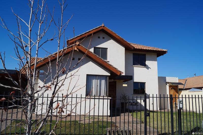 Se vende Hermosa casa en El Polo de Machali, Machali